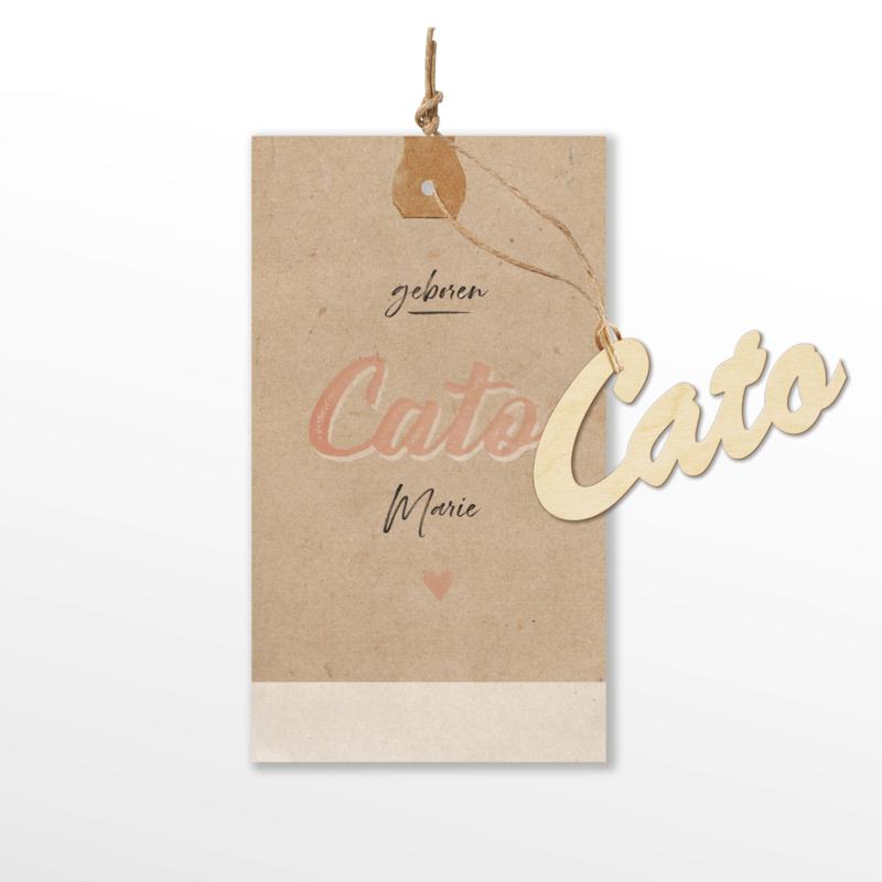 VINTAGE GEBOORTEKAARTJE MET NAAM VAN HOUT MEISJE 'CATO'