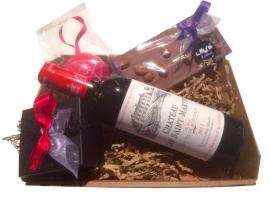 Geschenkmand Bonbons Rode Wijn