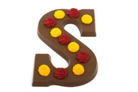 Chocoladeletter S met likeur 43 smaak