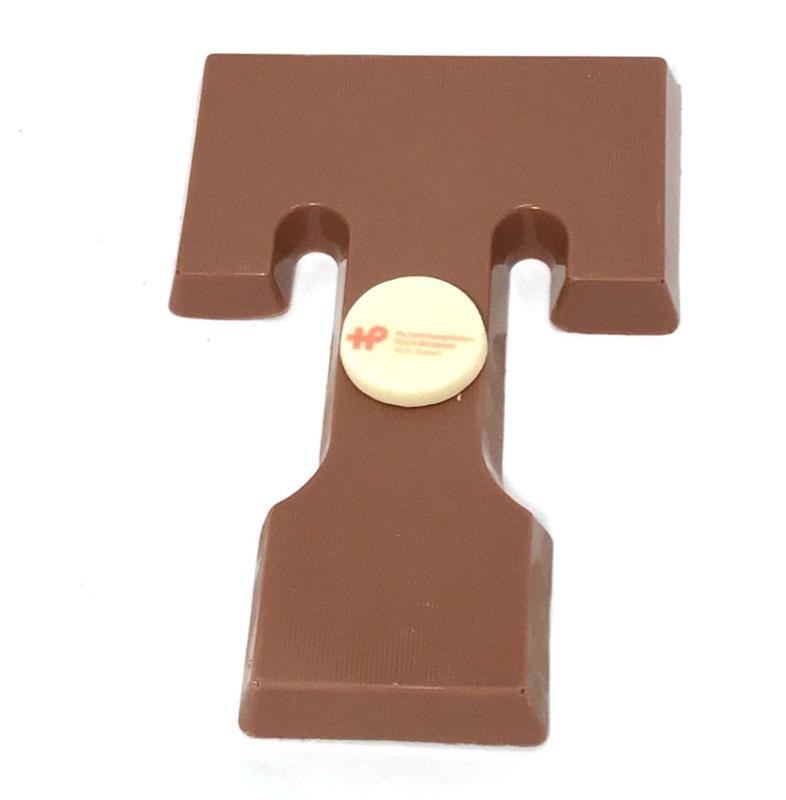Chocoladeletter Massief met LOGO (vanaf 50 st)  A-Z. Vanaf EUR 3,99 excl. btw.