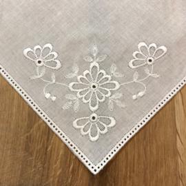 Zakdoek vierkant met bloemen 25 x 25 cm