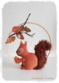 Haakpakket voor Mr. Nibbles de Eekhoorn Oranje versie van Antoinette Crochet (patroon apart bestellen)