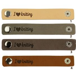 Durable leren label bandje met drukknoop van 10 x 1,5 cm -I love Knitting per 2 stuks