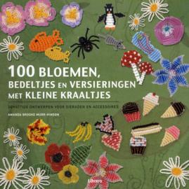 100 bloemen, bedeltjes en versieringen met kleine kraaltjes