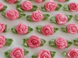 Satijnen roosje met blaadjes Soft Rose Dahlia