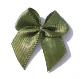 Strikje satijn Mos groen 24x24mm