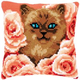 Kruissteken kussen pakket Kitten tussen rozen