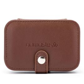 Namaste Buddy Case klein  11,7 x 7,8 x 4,6cm Bruin
