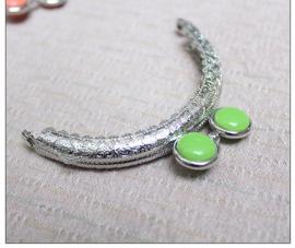 Portemonnee sluiting rond 8,5cm met mooie ronde sluiting met groene inzet