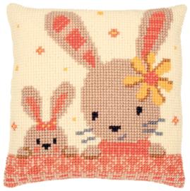 Kruissteken kussen pakket Lieve konijntjes
