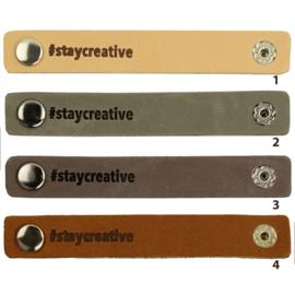 Durable leren label bandje met drukknoop van 10 x 1,5 cm - #Stay creative per 2 stuks