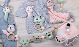 Haakpakket DenDennis babyspeeltjes MINT