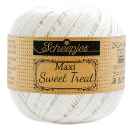 Scheepjes Maxi  Sweet Treat (Bonbon) 105 bidal White (off-white)
