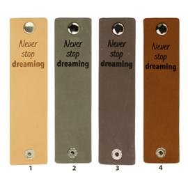 Durable Rechthoekige leren labels met drukknoop van 12 x 3 cm - Never Stop Dreaming per 2 stuks