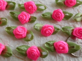 Satijnen roosje met blaadjes  Hot Pink