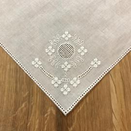 Zakdoek vierkant met bloem 25 x 25 cm