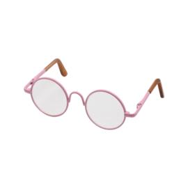 Poppen Brilletje totale breedte 8cm roze omranding per stuk