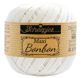 Scheepjes Maxi  Sweet Treat (Bonbon) 105 bidal White (off-white)