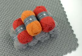Garenpakket Shape of You omslagdoek Grijs -Rood-Oranje - versie