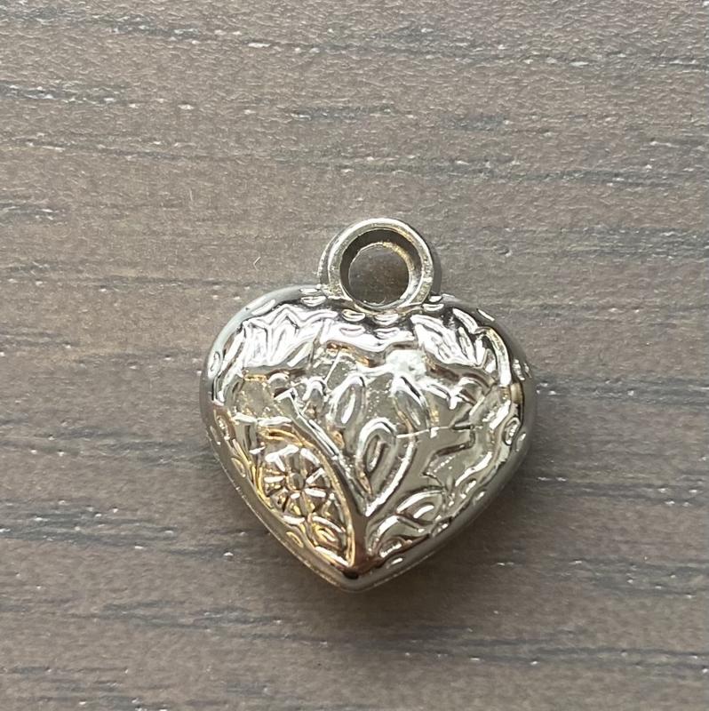 Bedel hartje  zilverkleur  per stuk
