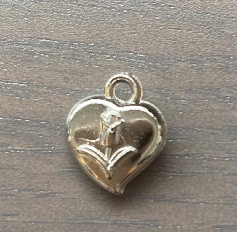 Bedel hartje met tulp zilverkleur  per stuk