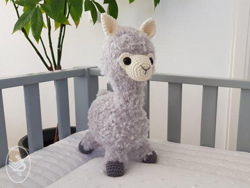 Gratis te dowloaden:  patroon Alpaca Almina