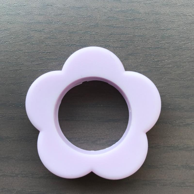 Siliconen Bloem ring ZachtLila 40mm
