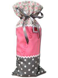 Kruikzak zacht  / oud roze , grijs en wit met stippen en grafische bloemetjes