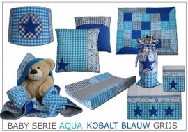 Babykamer aankleding aqua, kobalt blauw (jeans) en grijs met sterren