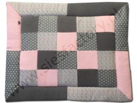 Boxkleed zacht (oud) roze met grijs en wafeldoek