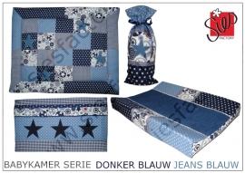 Babykamer aankleding donker blauw, jeansblauw en wit met sterren