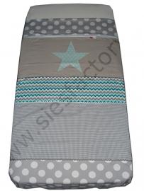 Overtrek ledikant in mintgroen, zand en grijs met chevron/zigzag