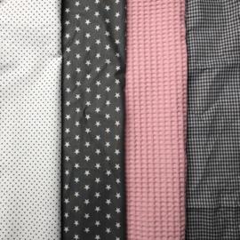Boxkleed roze, grijs en wit