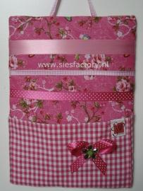 memo / haardspeldbord met zakje in roze met deco stof