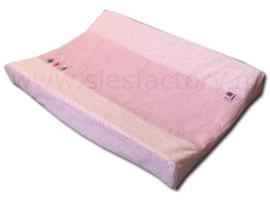 Aankleedkussenhoes in licht / zacht roze wafeldoek en fijne sterretjes