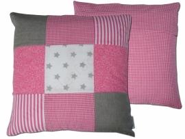 Kussen (zacht) roze, linnen (zand/grijs) en wit
