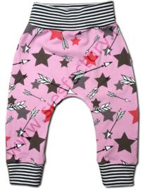 Broekje roze, grijs en zwart/wit sterren en pijlen