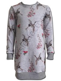 Jurkje grijs jogging met roze kraanvogel en bloemen 140-146