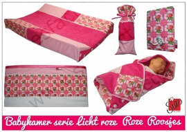 Babykamer serie roze, licht roze met rozen/roosjes
