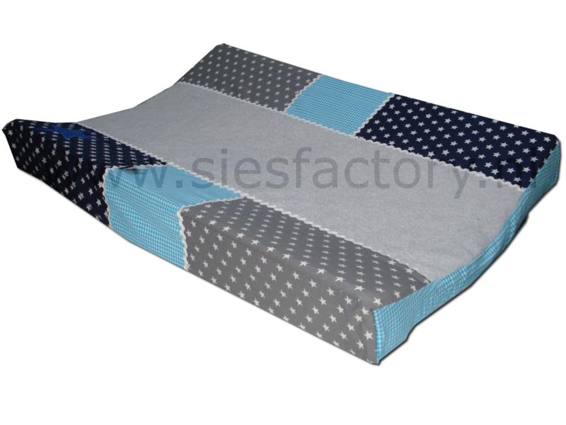 aankleedkussenhoes aqua blauw, donker blauw en grijs met kobalt jeans ster