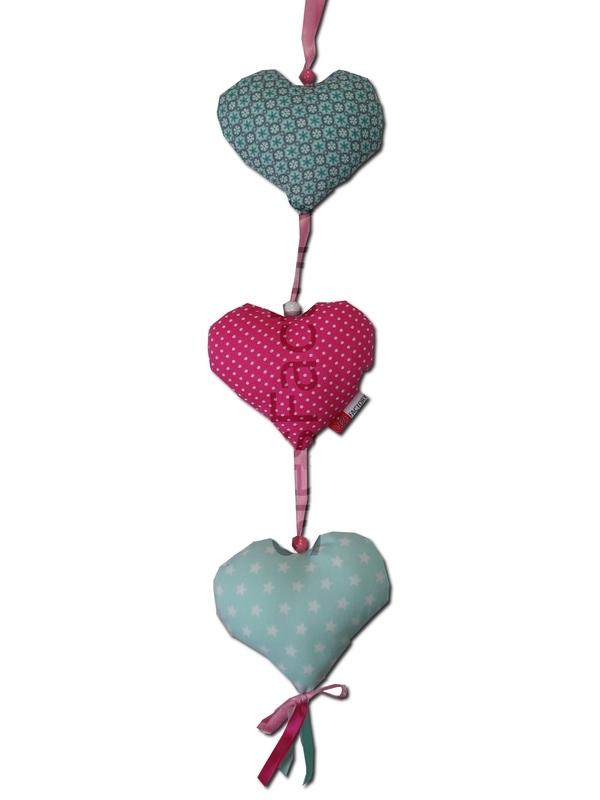 Deurhanger /Kasthanger roze, mintgroen met 3 harten