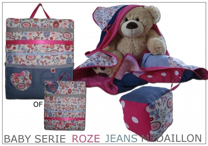 Baby serie / Kraampakket  fuchsia roze, licht roze blauw en jeans