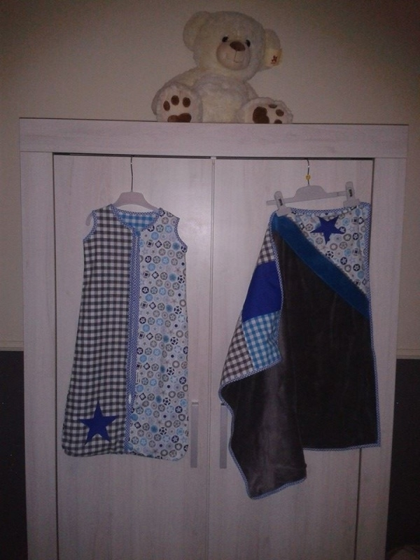 Babykamer Aqua, grijs met kobalt blauw jeans ster