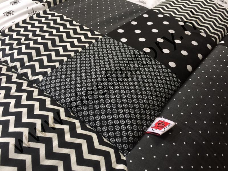 Boxkleed 80x100 cm zwart wit