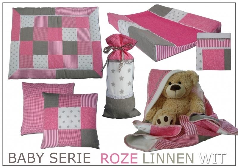 Wikkeldoek (zacht) roze, linnen (zand/grijs) en wit met kant