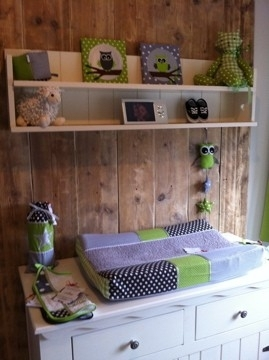 Babykamer groen, grijs met zilveren ster