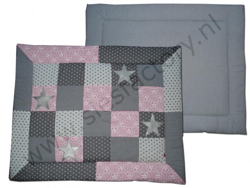 Boxkleed licht roze, grijs en wit met zilveren sterren