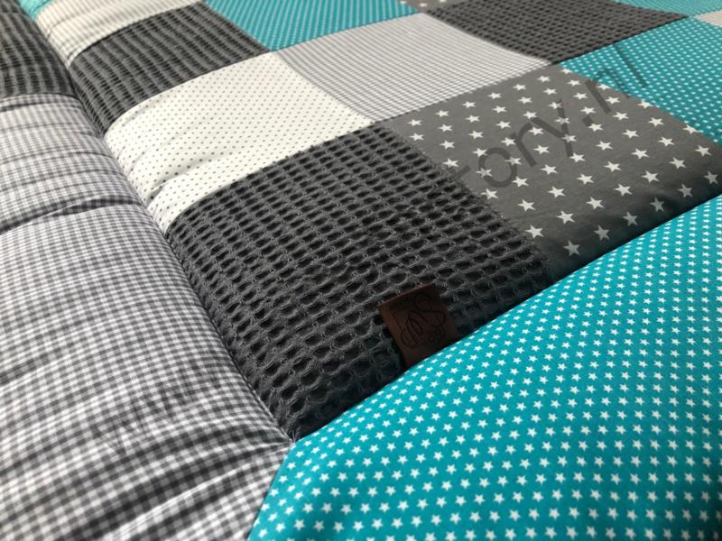 Boxkleed turquois, grijs en wit