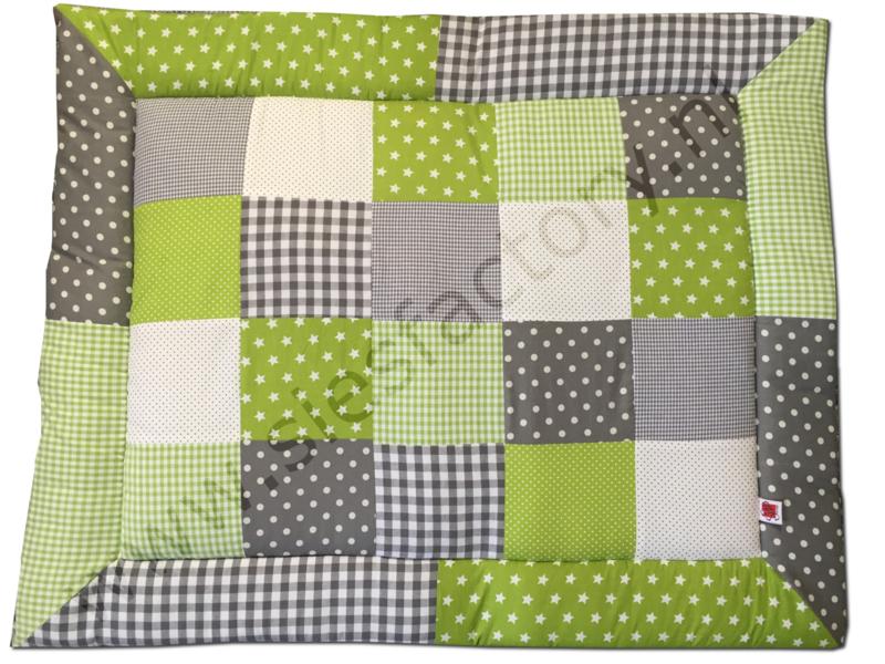 Boxkleed groen, grijs en wit met stipjes, sterren en ruitjes