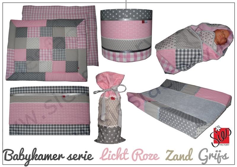 Complete Aankleding Babykamer.Complete Babykamer Aankleding Licht Roze Zand En Grijs Complete